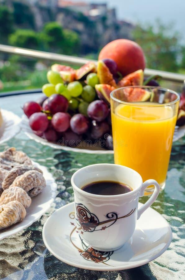 Europees vakantie gezond ontbijt stock foto