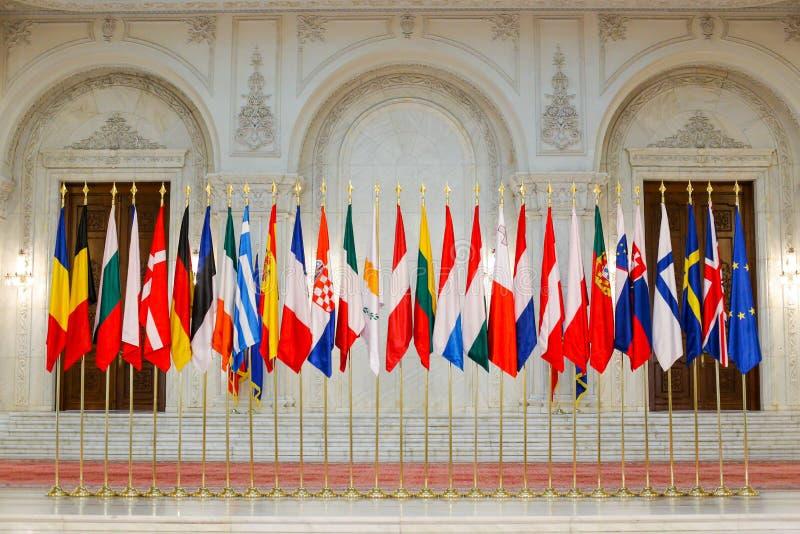 Europeiska flaggor en för fackmedlemtillstånd bredvid andra royaltyfri fotografi