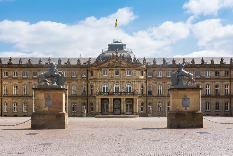 Europeo alemán del día de primavera hermoso de Stuttgart Neues Schloss el suyo fotografía de archivo
