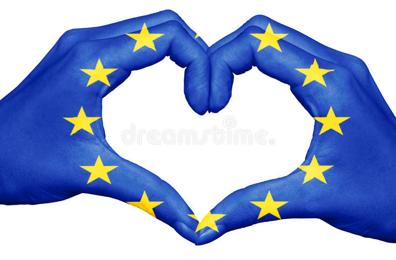 Europese die Unie vlag op handen wordt geschilderd die die een hart vormen op witte achtergrond, het concept van Europa wordt geï stock illustratie