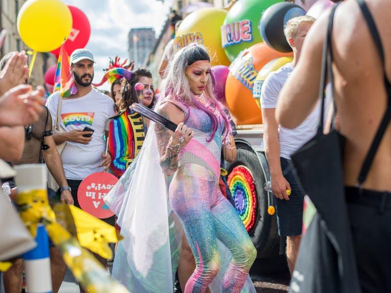 EuroPride 2018 с гей-парадом Стокгольма стоковые фотографии rf