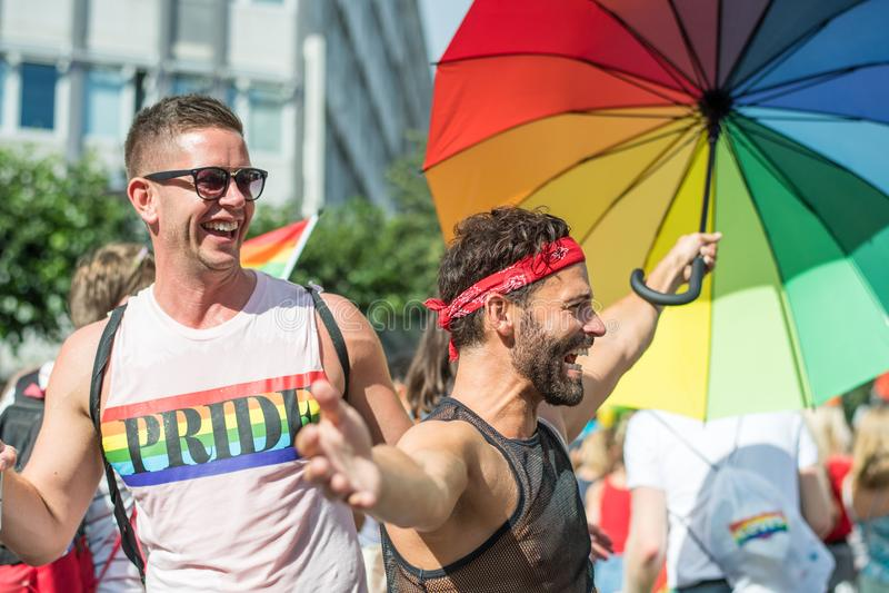 EuroPride 2018 com Éstocolmo Pride Parade foto de stock