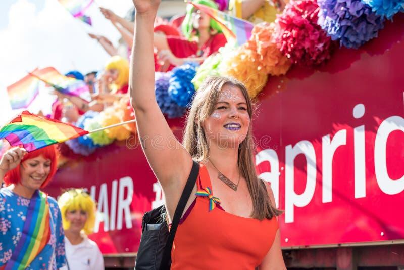 EuroPride 2018 com Éstocolmo Pride Parade fotografia de stock