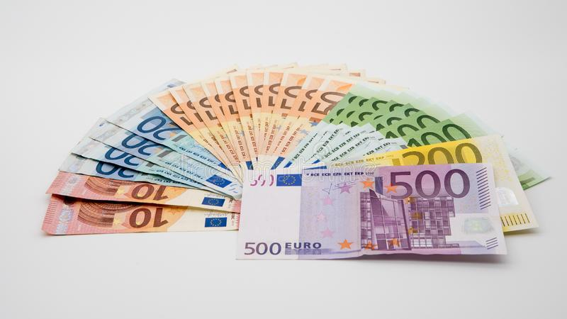 Eurorekeningen van verschillende waarden Euro rekening van vijf honderd stock fotografie