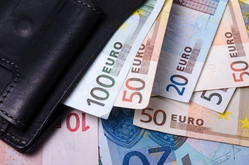 Eurosedlar från den första serien av olika valörer arkivbilder