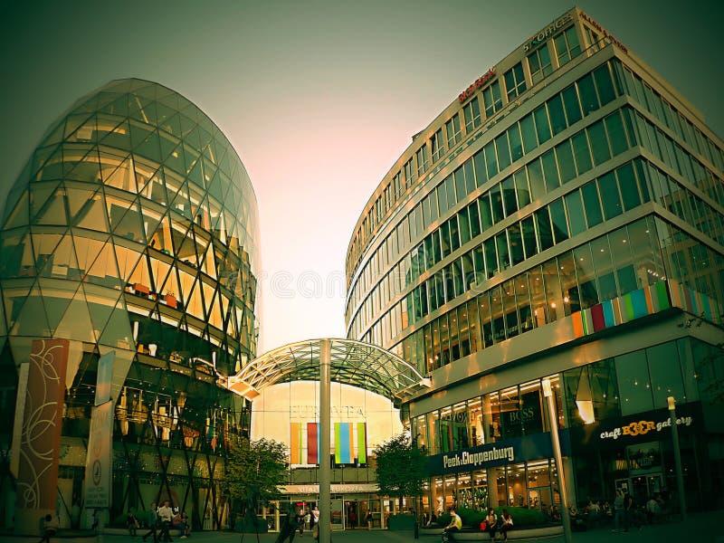 Eurovea is de naam van het nieuwe Commerciële van Bratislava Internationale Centrum stock afbeelding