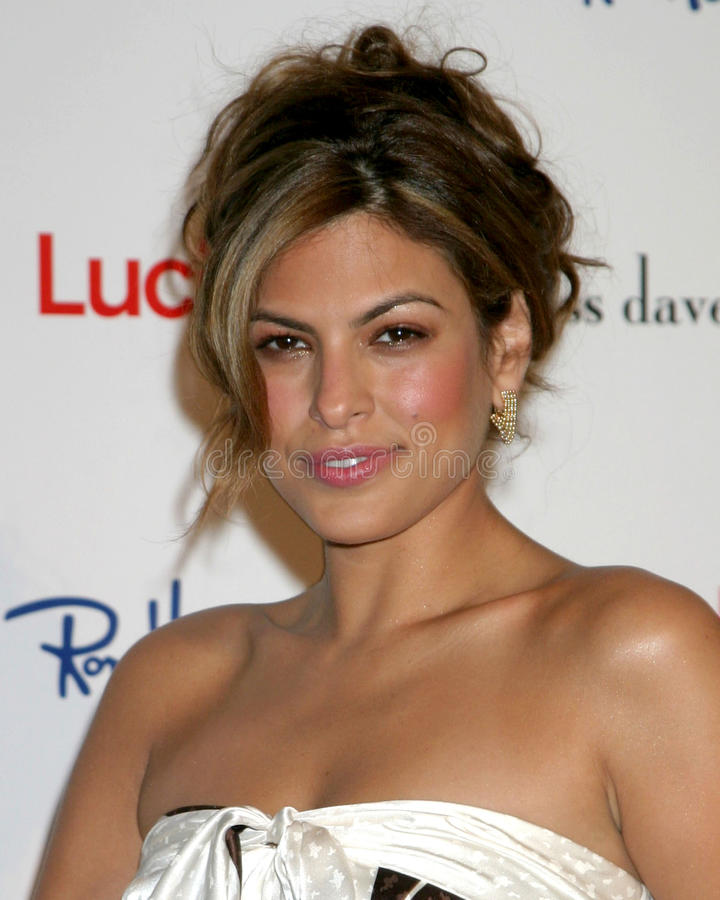 Eva Mendes. Lucky Magazine and Ron Herman Hosts Miss Davenport Trunk Show at Ron Herman Fred Segal Complex on Melrose Los Angeles, CA November 17, 2005 stock photo