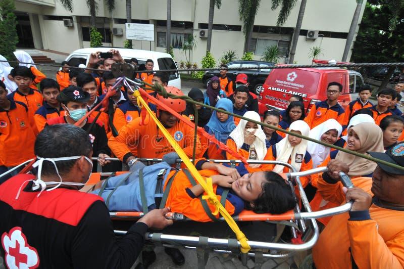evakuera offer av olyckor från en höjd royaltyfri fotografi