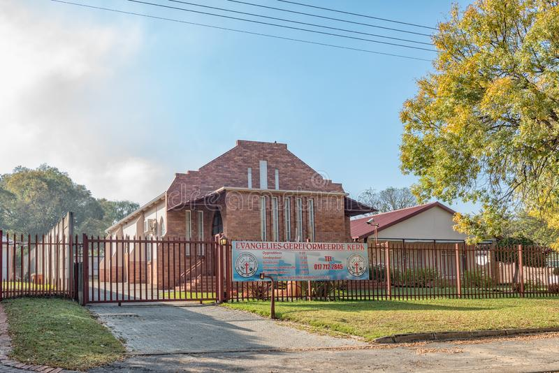 Evangelikal omdanad kyrka i Standerton royaltyfri foto