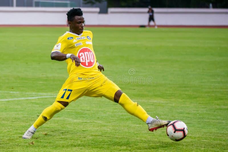 Evans Mensah, während des 1. Beinfußballspiels der UEFA Europa League-dritten Qualifikationsrunde lizenzfreie stockfotos