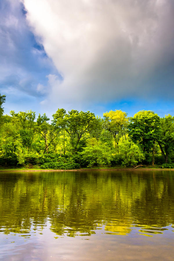 Evening light on the Delaware River at Delaware Water Gap Nation. Al Recreational Area, New Jersey stock photography