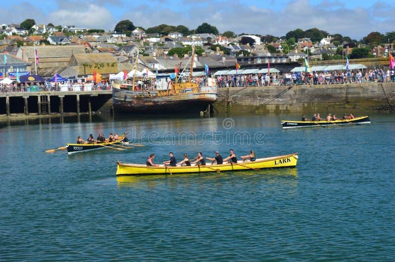 Evento che corre nel porto Cornovaglia, Inghilterra di Newlyn fotografia stock libera da diritti