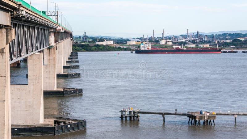 Evenwichtige macht & Energie, ver*schepen-prachtig stock afbeeldingen