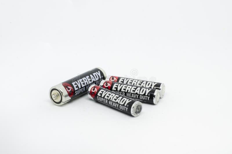 Eveready motorförbundetbatterier som isoleras på en vit bakgrund royaltyfri fotografi