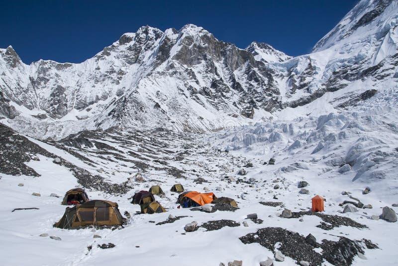 Everest basläger arkivbild
