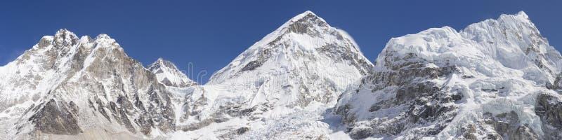 Everest obozowego terenu podstawowy panoramiczny widok zdjęcia stock