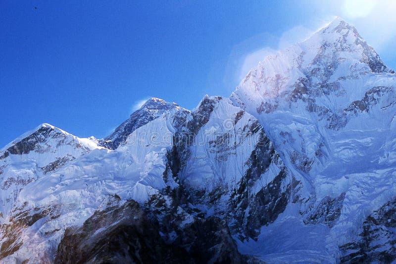 Everest y Nuptse fotografía de archivo