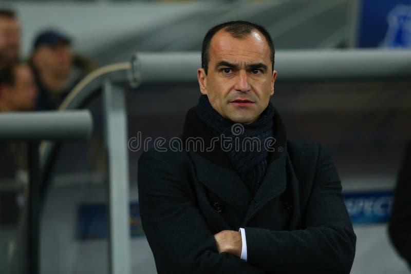 Everton-Cheftrainer Roberto Martinez vor UEFA-Europa-Liga-Runde des zweiten Matches des Beines 16 zwischen Dynamo und Everton lizenzfreies stockfoto