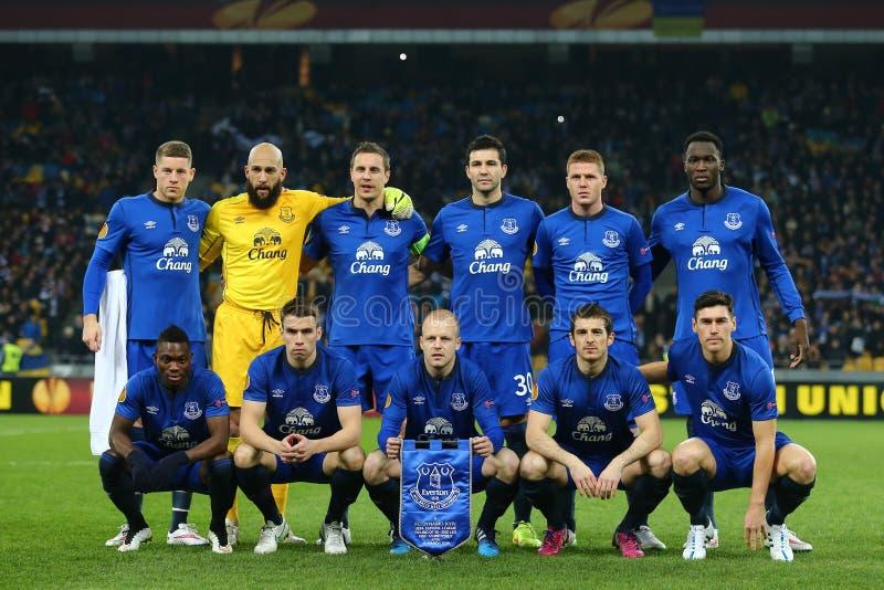 Everton zespala się fotografię przed UEFA Europa Ligowym Round 16 nogi drugi dopasowanie między dynamem i Everton obrazy royalty free