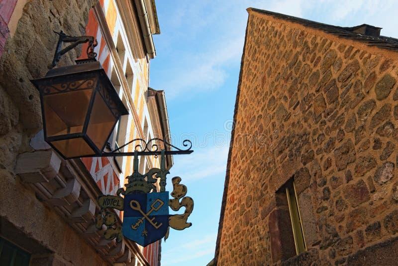 Ewidencyjna rama hotelowy kierunku talerz, ozdobny sztandar z dwa kluczami zdjęcie stock