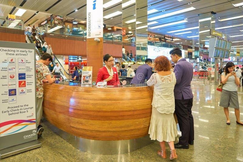 Ewidencyjny biurko w Singapur Changi lotnisku obrazy royalty free