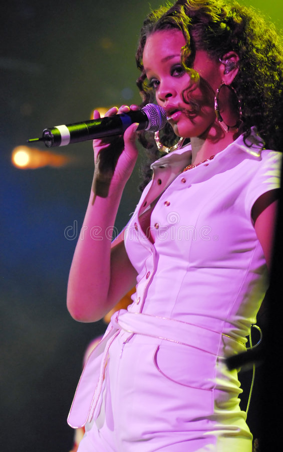 Exécution de Rihanna sous tension image libre de droits