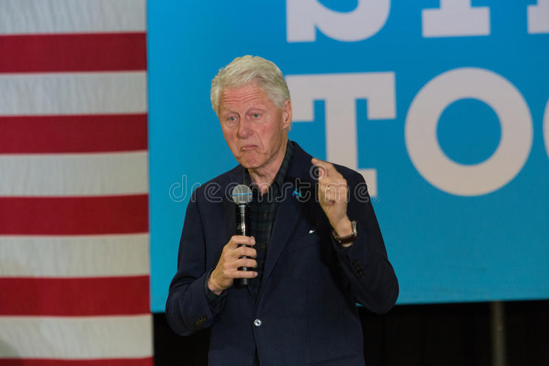 Ex-presidente Bill Clinton na reunião para Hillary foto de stock royalty free