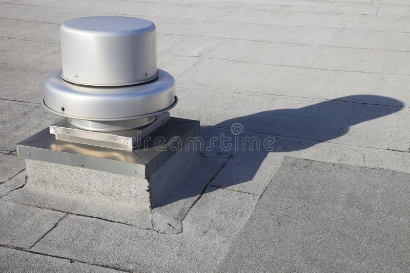 Exale no telhado foto de stock