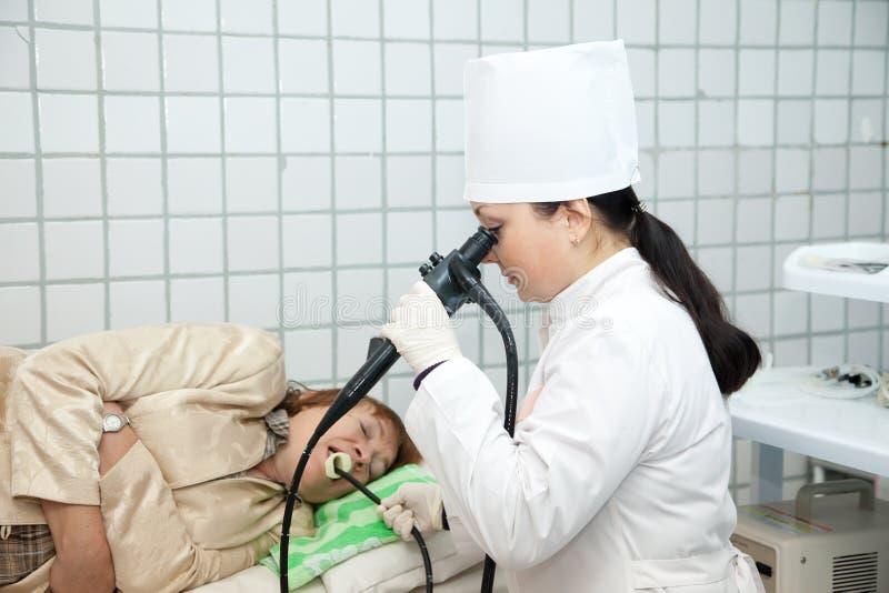 Examen d'endoscopie dans la clinique image libre de droits