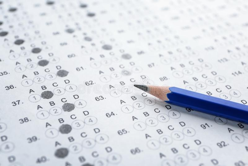 Examenform och blyertspenna, arkivfoto
