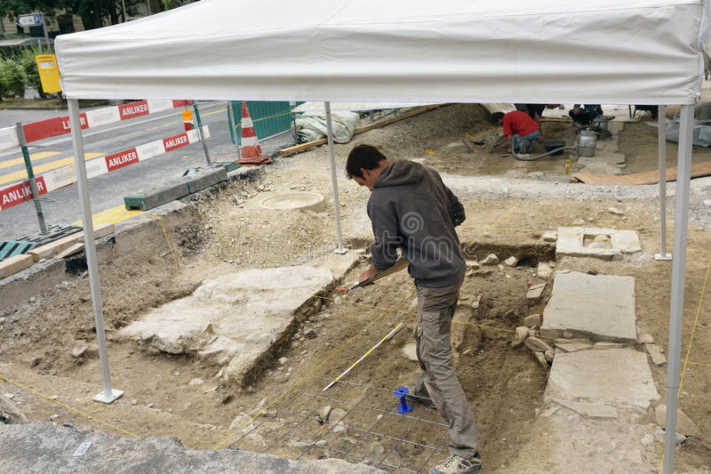Excavación de la arqueología en Alfalfa fotos de archivo libres de regalías