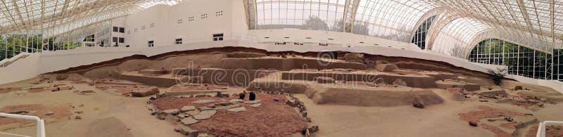 Excavaciones arqueológicas en Lepenski Vir - visión panorámica imagen de archivo