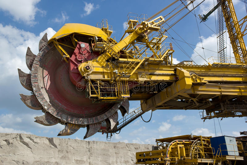 Excavador de la mina de carbón imagen de archivo
