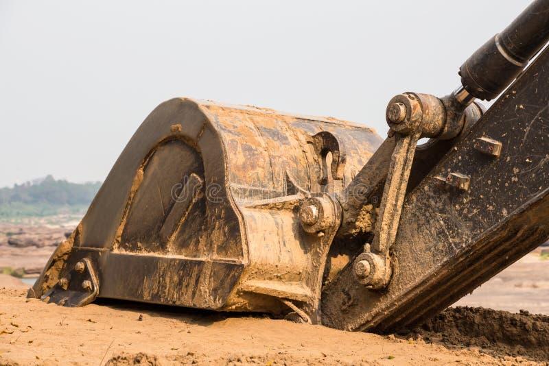 Excavador de reclinación Bucket foto de archivo