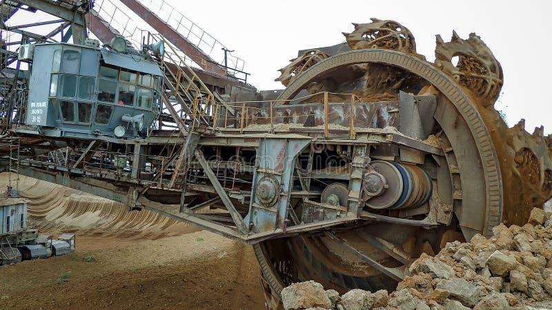Excavateur à roue-pelle photo libre de droits