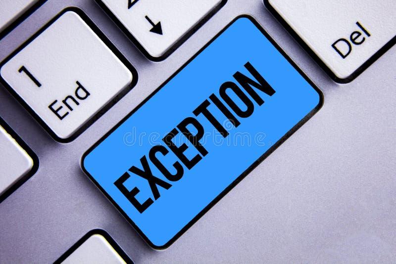 Exception des textes d'écriture de Word Concept d'affaires pour la personne ou la chose qui sont exclues du bleu différent de cla photographie stock