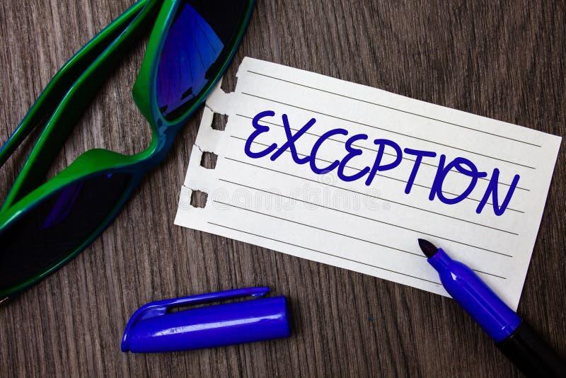 Exception des textes d'écriture de Word Concept d'affaires pour la personne ou la chose qui sont exclues du carnet différent d'id photographie stock