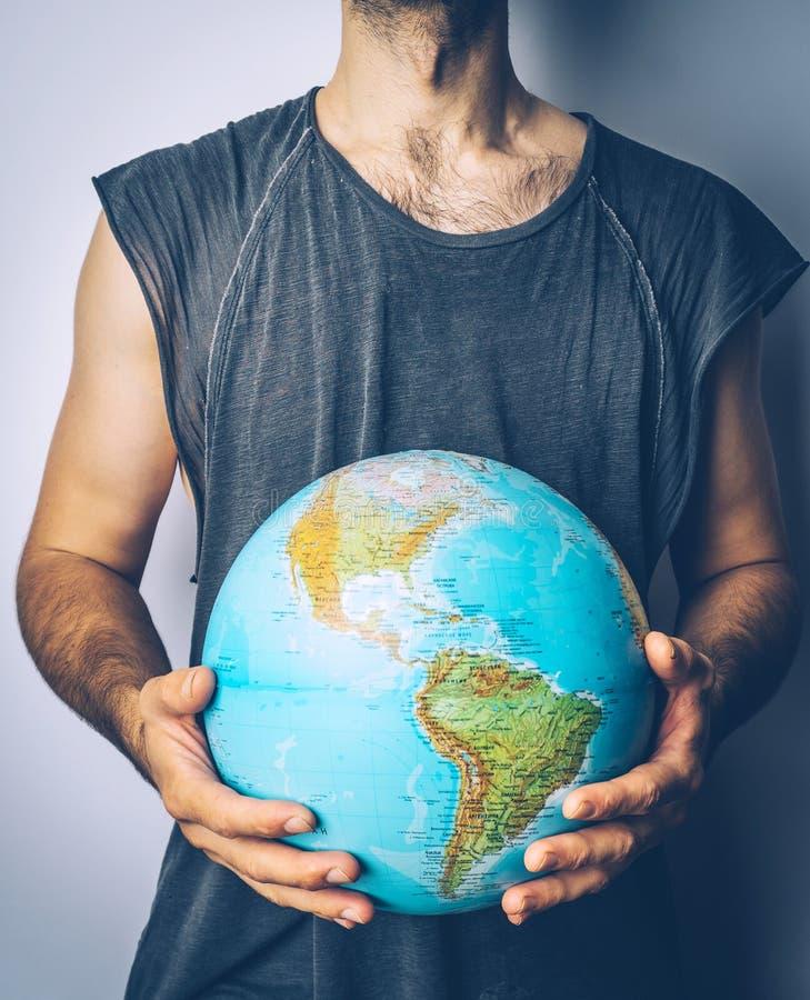 Excepto o planeta Globo nas mãos do homem Salvar o conceito da terra imagem de stock