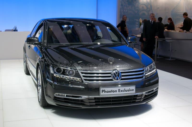 Exclusieve de Faëton van Volkswagen - Europese première stock foto's