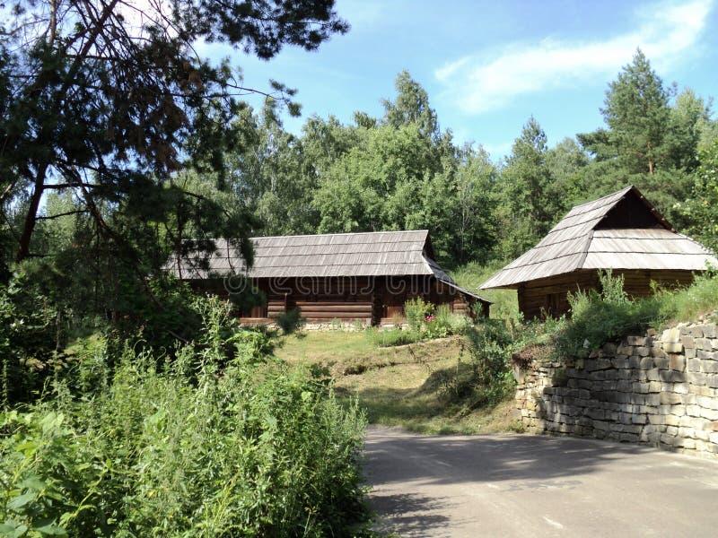 Excursão de Ucrânia kiev ao museu da arquitetura foto de stock