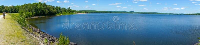 Excursão do lago no parque de Yamaska fotografia de stock