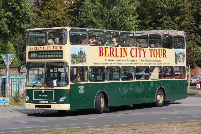 Excursão do ônibus de Berlim imagem de stock royalty free