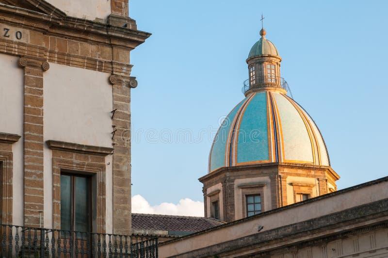 Excursão em Caltagirone fotografia de stock royalty free