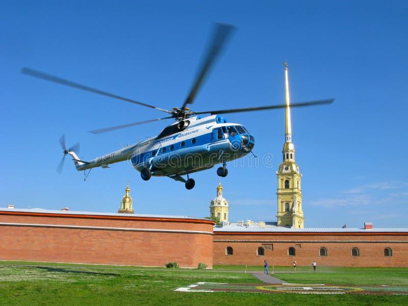 Excursão pelo helicóptero Fortaleza de Peter e de Paul, St Petersburg, Rússia fotografia de stock