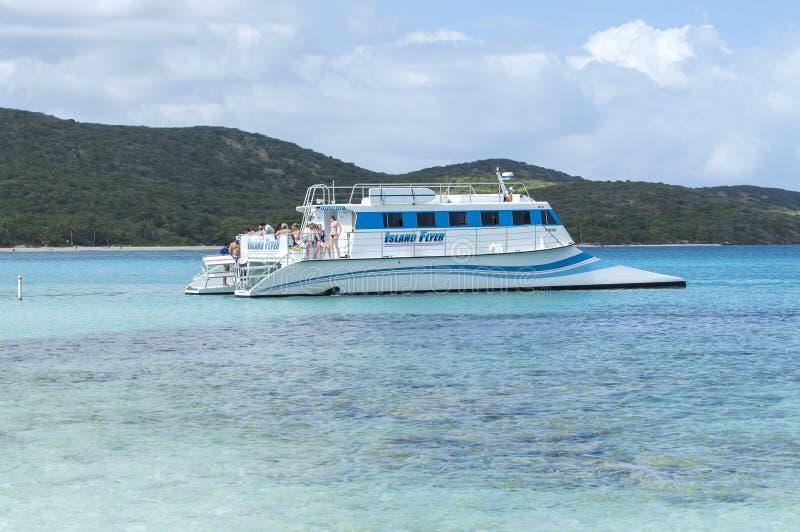 Excursión tropical del catamarán fotos de archivo