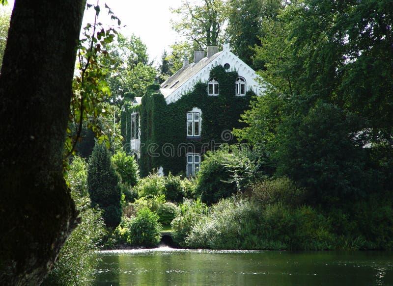 execrated villa royaltyfri fotografi