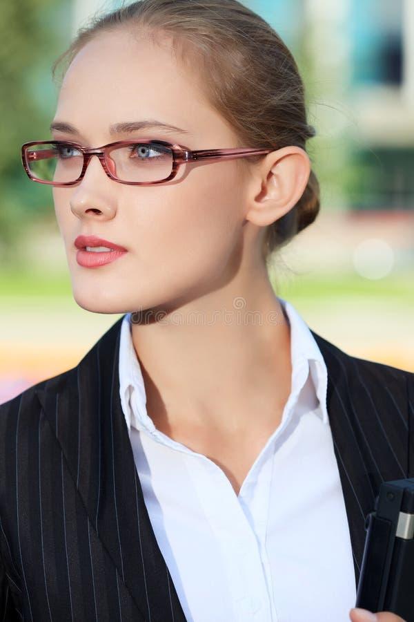 Executive kvinnlig fotografering för bildbyråer