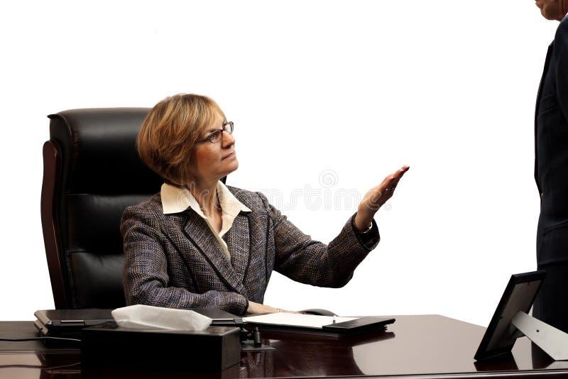 Executivo de mulher - mostrando a liderança fotografia de stock royalty free