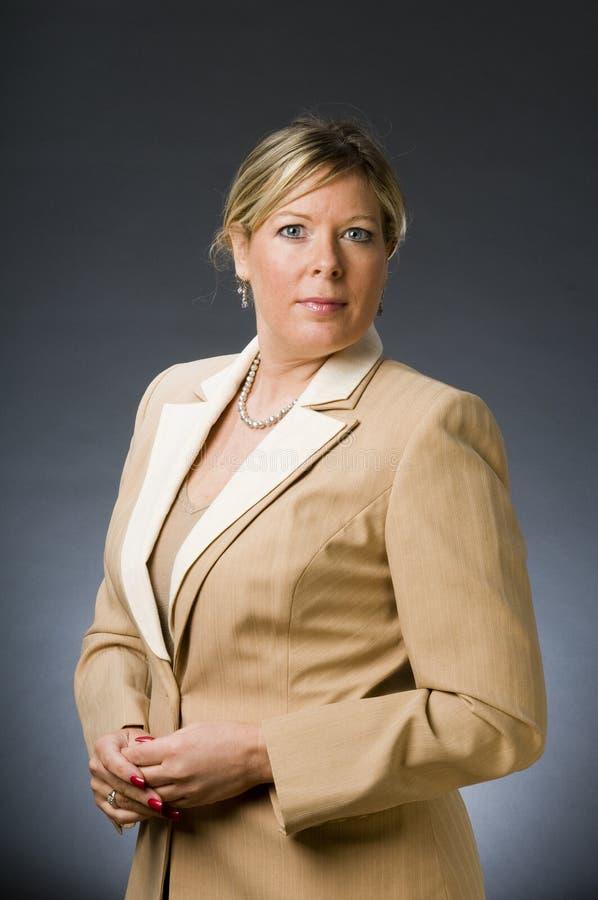 executivo empresarial do sénior da mulher fotografia de stock royalty free