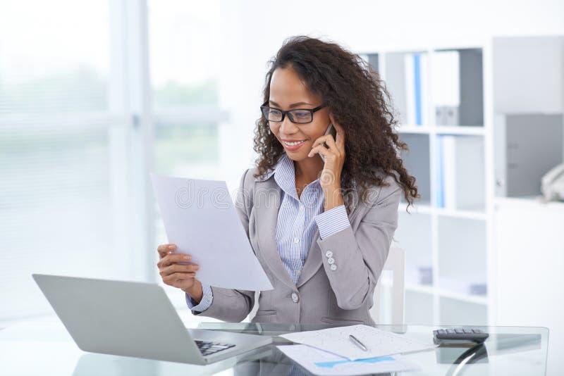 Executivo empresarial fêmea foto de stock